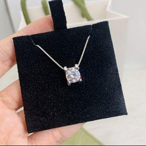 Jewelry - 1 carat moissanite diamond necklace
